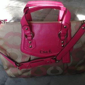 NWT Coach Ashley Dotted Op Art